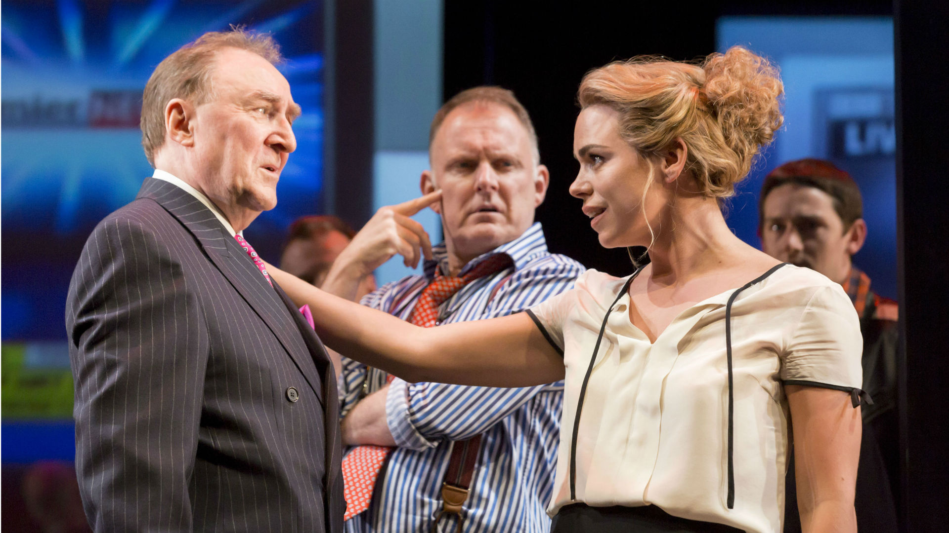 great-britain-review-billie-piper-national-theater