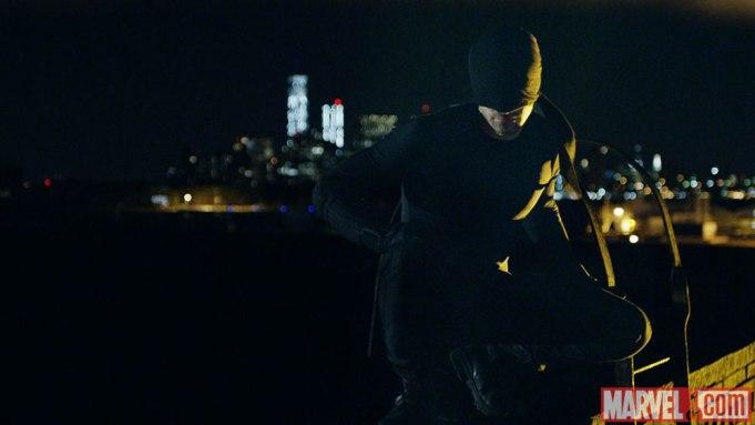 Charlie Cox Daredevil costume
