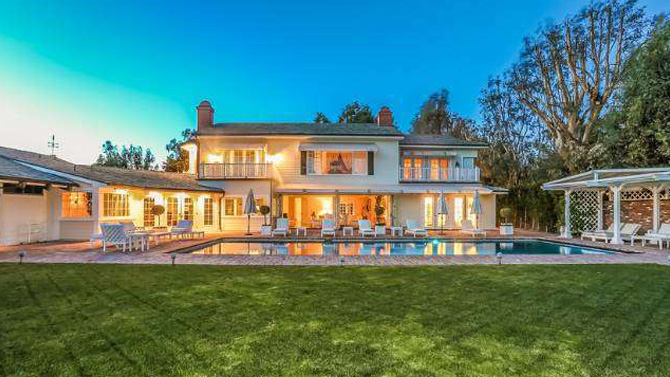 Nick Cannon And Mariah Carey Sell Bel Air Estate Variety