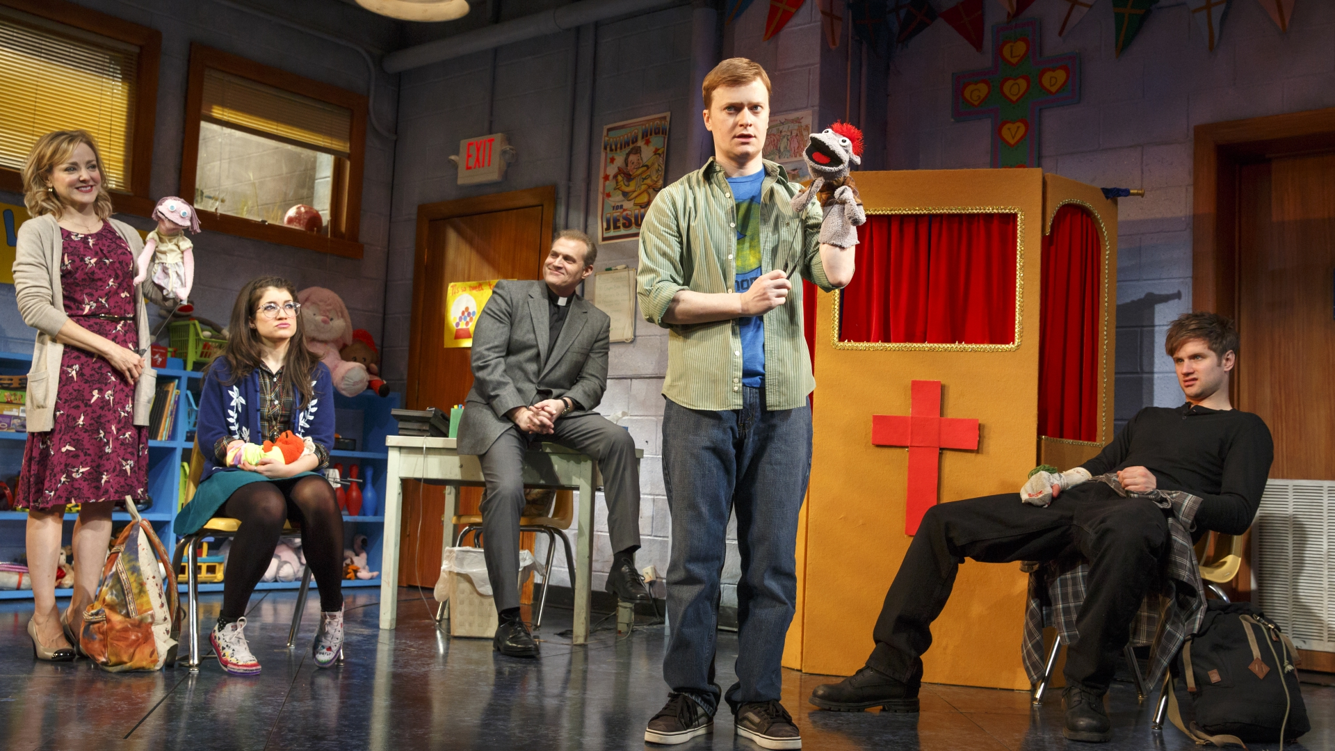 hand-to-god-review-broadway
