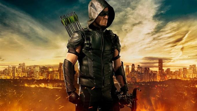 Arrow Stephen Amell season four suit
