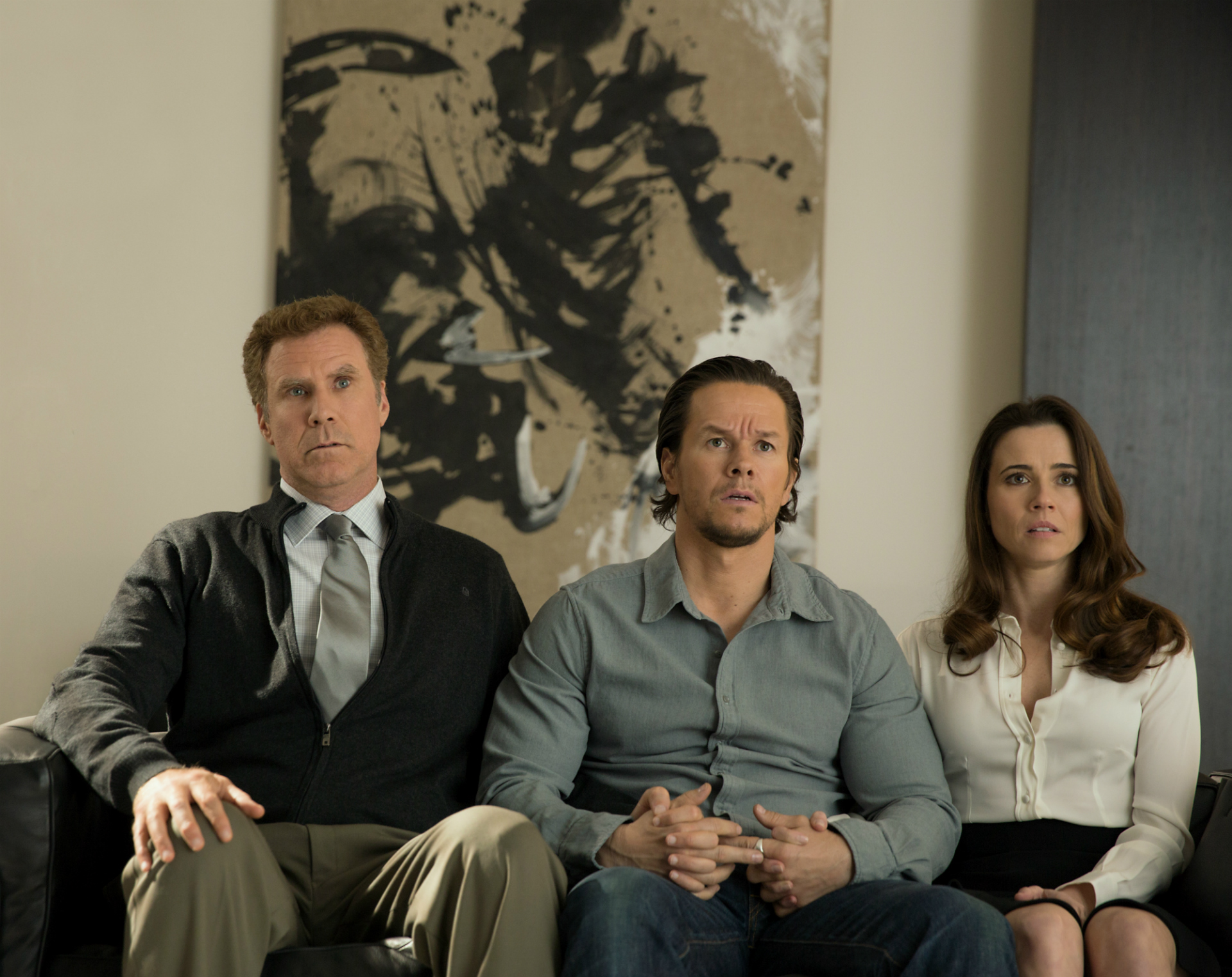 Daddy S Home Review Will Ferrell And Mark Wahlberg Reunite Variety