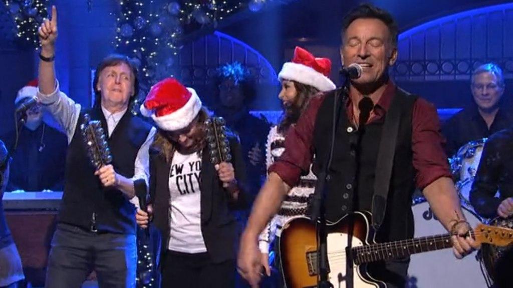 Watch Paul Mccartney Joins Snl Cast Bruce Springsteen Variety