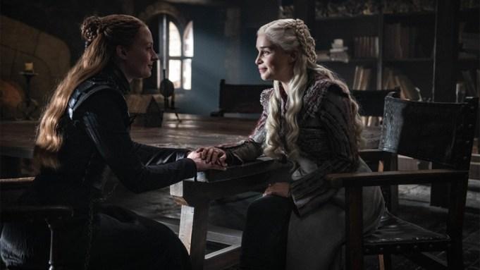 'Game of Thrones' Leak: Photos of