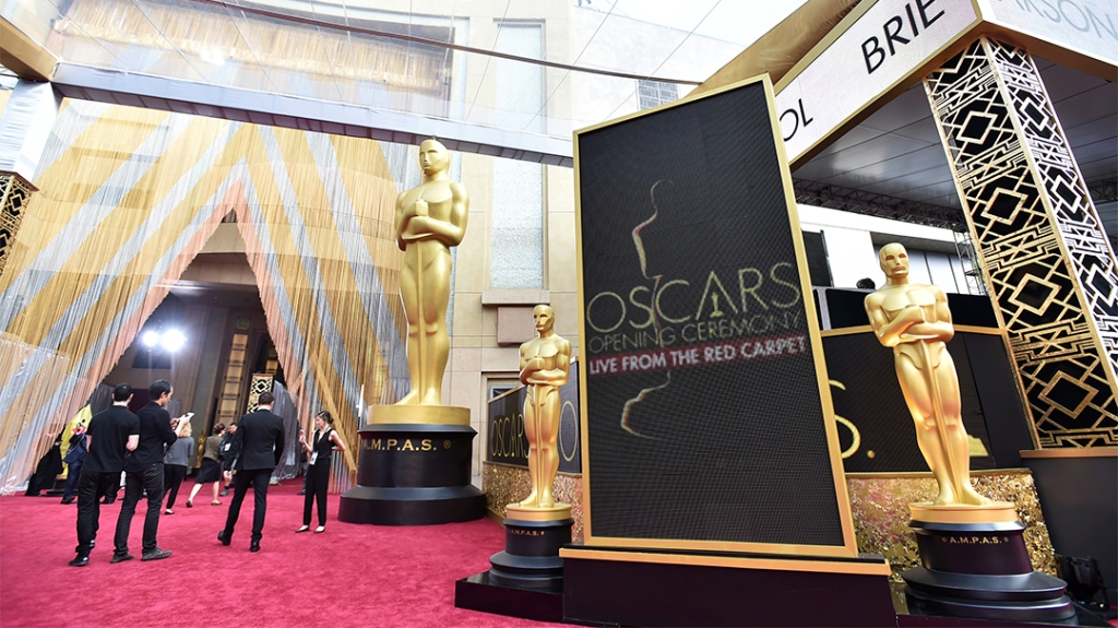 2021 Oscars Will Broadcast Live From Multiple Locations, Including Dolby Theatre - Variety