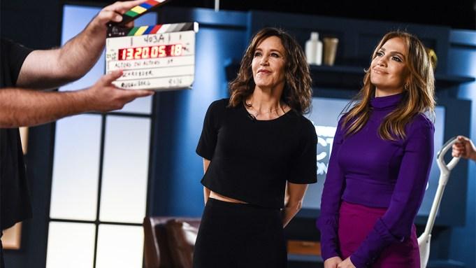 Jennifer Lopez, Felicity Huffman Talk 'Mommy