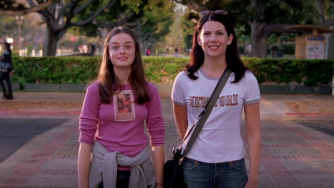 Gilmore Girls, series like Ginny and Georgia, Ginny and Georgia, Netflix, watch next, series, shows
