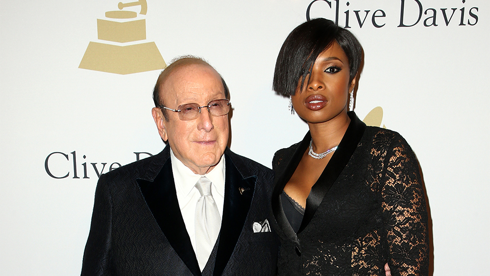 Clive Davis Grammy Party Praises BET's Debra L. Lee, Celebrates Joni Mitchell's Recovery
