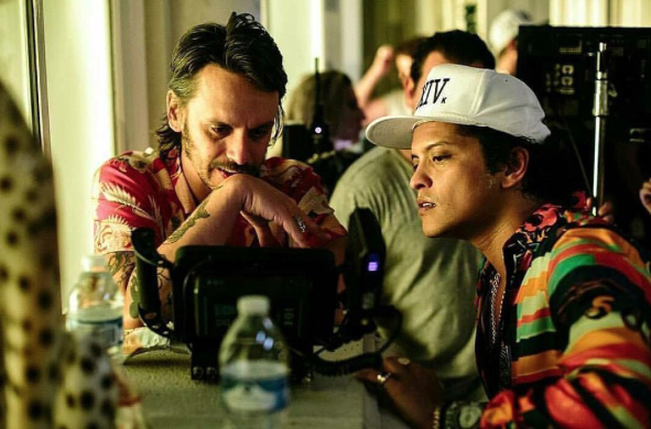 Cameron Duddy with Bruno Mars on Set