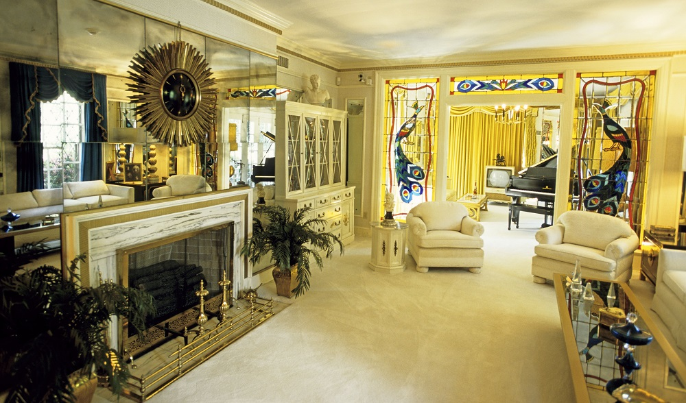 One of the sitting rooms at Elvis Presley's home 'Graceland' in Memphis. Tennessee, America. Highway 61, The Blues Highway from Lousiana through Mississippi to Tennessee, America