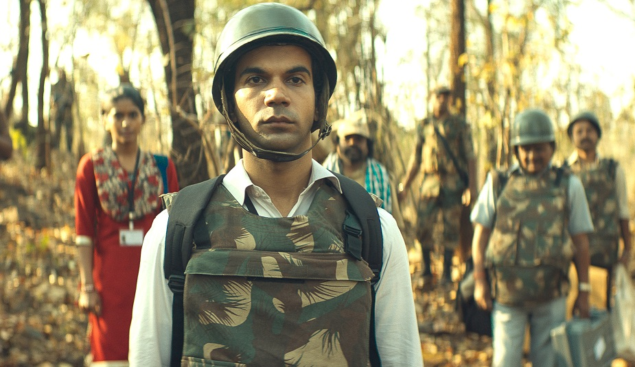 Newton'  Review: A Gentle Comedy About Democratic Duty In Rural India - Variety