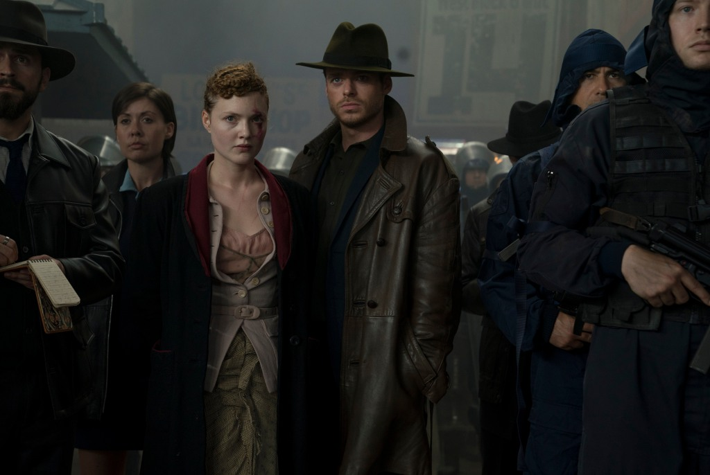 """Holliday Grainger and Richard Madden in """"The Hoodmaker"""" - Episode 107 of """"Philip K. Dick's Electric Dreams"""""""