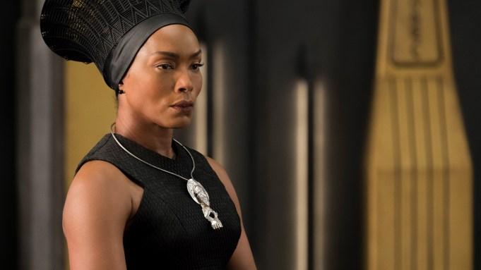 'Black Panther' Thursday Night Previews: #WakandaCameToSlay