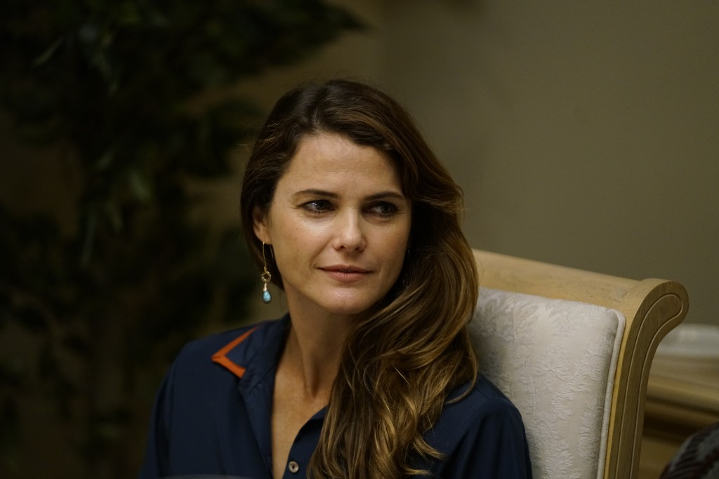 """THE AMERICANS -- """"Dead Hand"""" -- Season 6, Episode 1 (Airs Wednesday, March 28, 10:00 pm/ep) -- Pictured: Keri Russell as Elizabeth Jennings. CR: Patrick Harbron/FX"""