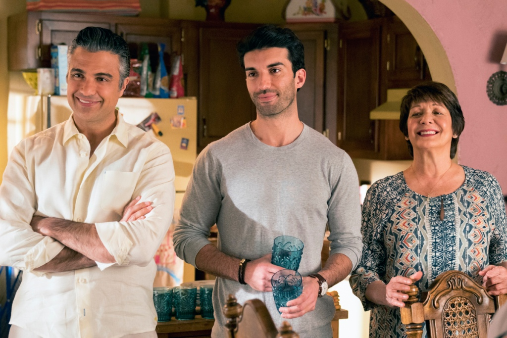 "Jane The Virgin -- ""Chapter Seventy-Eight"" -- Image Number: JAV414a_0274.jpg -- Pictured (L-R): Jaime Camil as Rogelio, Justin Baldoni as Rafael and Ivonne Coll as Alba -- Photo: Michael Desmond/The CW -- © 2018 The CW Network. All Rights Reserved."