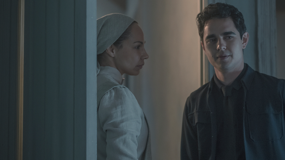 """THE HANDMAID'S TALE -- """"The Word"""" -- Episode 213"""