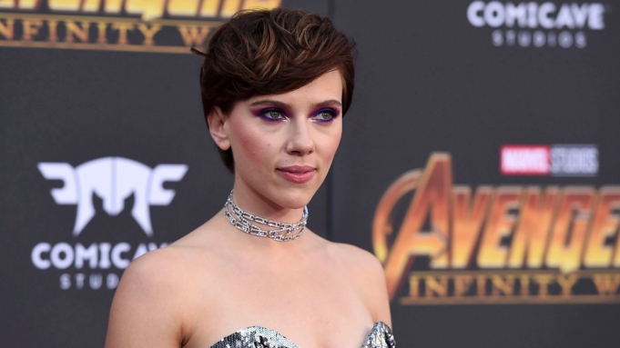 Scarlett Johansson exits trans movie