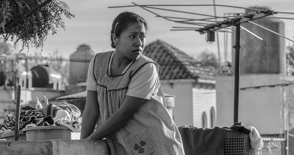 'Roma' Review: Cuarón's Shimmering Yet Remote