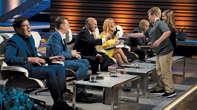 'American Idol,' 'Shark Tank,' 'AFV,' 'Supermarket Sweep' Renewed at ABC.jpg