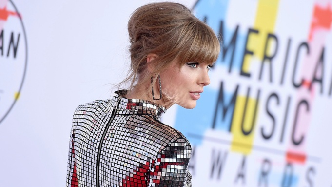 Taylor Swift American Music Awards
