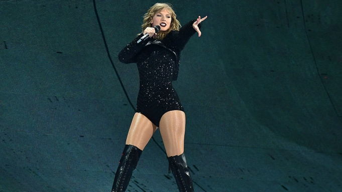 Taylor SwiftTaylor Swift in concert at