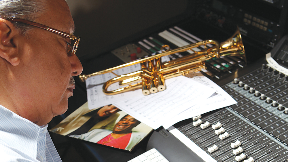 Arturo Sandoval Clint Eastwood Bond Over Jazz For The Mule Score Variety