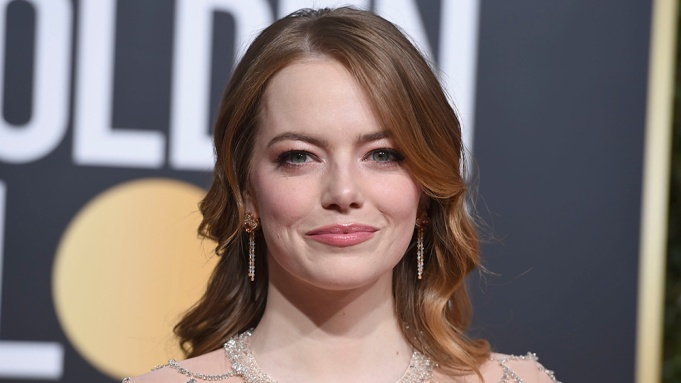 Emma Stone arrives at the 76th