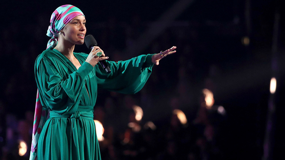 61st grammy awards show review familiar pitfalls hit show variety https variety com 2019 music reviews 61 grammy awards show review alicia keys dolly parton 1203135335