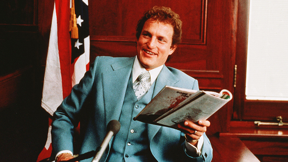 Editorial use only. No book cover usage. Mandatory Credit: Photo by Columbia Tri Star/Kobal/REX/Shutterstock (5879818l) Woody Harrelson The People Vs. Larry Flynt - 1996 Director: Milos Forman Columbia Tri Star USA Scene Still Drama Larry Flynt
