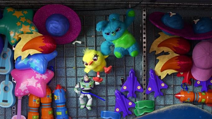 "HANGIN' AROUND – In Disney·Pixar's ""Toy"