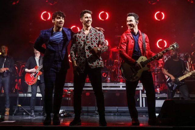 'Jonas Brothers Family Roast' to Premiere on Netflix in November.jpg