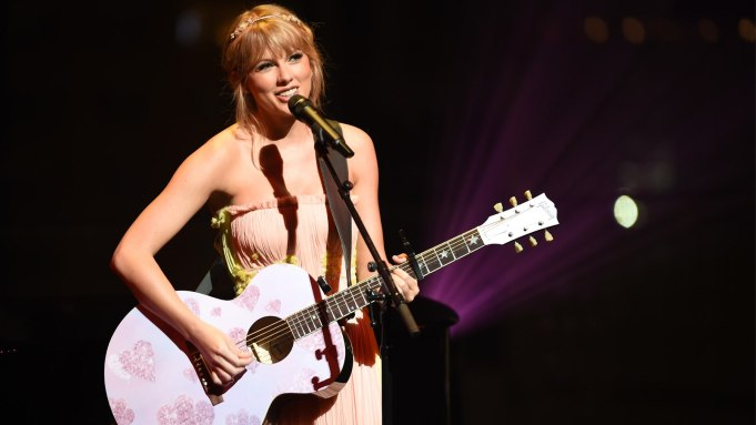 Taylor Swift Time 100 Performance