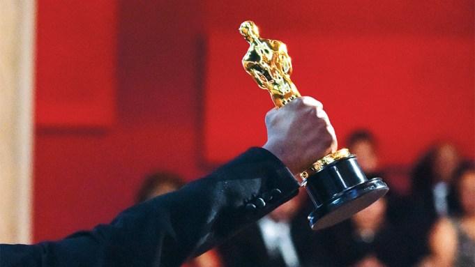 Oscar Statue Oscars Placeholder