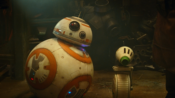 BB-8 and D-O in STAR WARS: