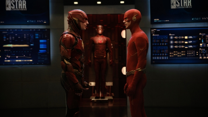 """Arrow -- """"Crisis on Infinite Earths: Part Four"""" -- Image Number: AR808c_0021r.jpg -- Pictured (L-R): Ezra Miller as Barry Allen and Grant Gustin as Barry Allen/The Flash -- Photo: Jeff Weddell/The CW -- © 2020 The CW Network, LLC. All Rights Reserved."""