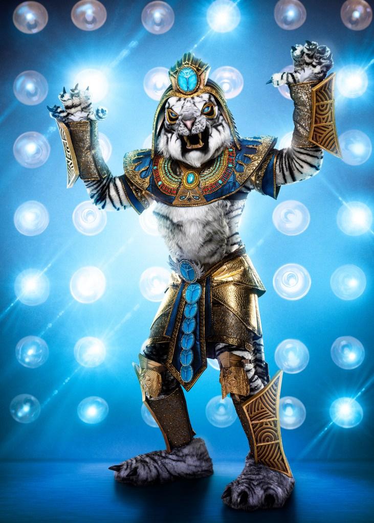 THE MASKED SINGER: The White Tiger. CR: Michael Becker / FOX. © 2020 FOX MEDIA LLC.