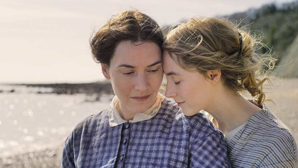 Ammonite' Review: Kate Winslet and Saoirse Ronan's Lesbian Romance - Variety