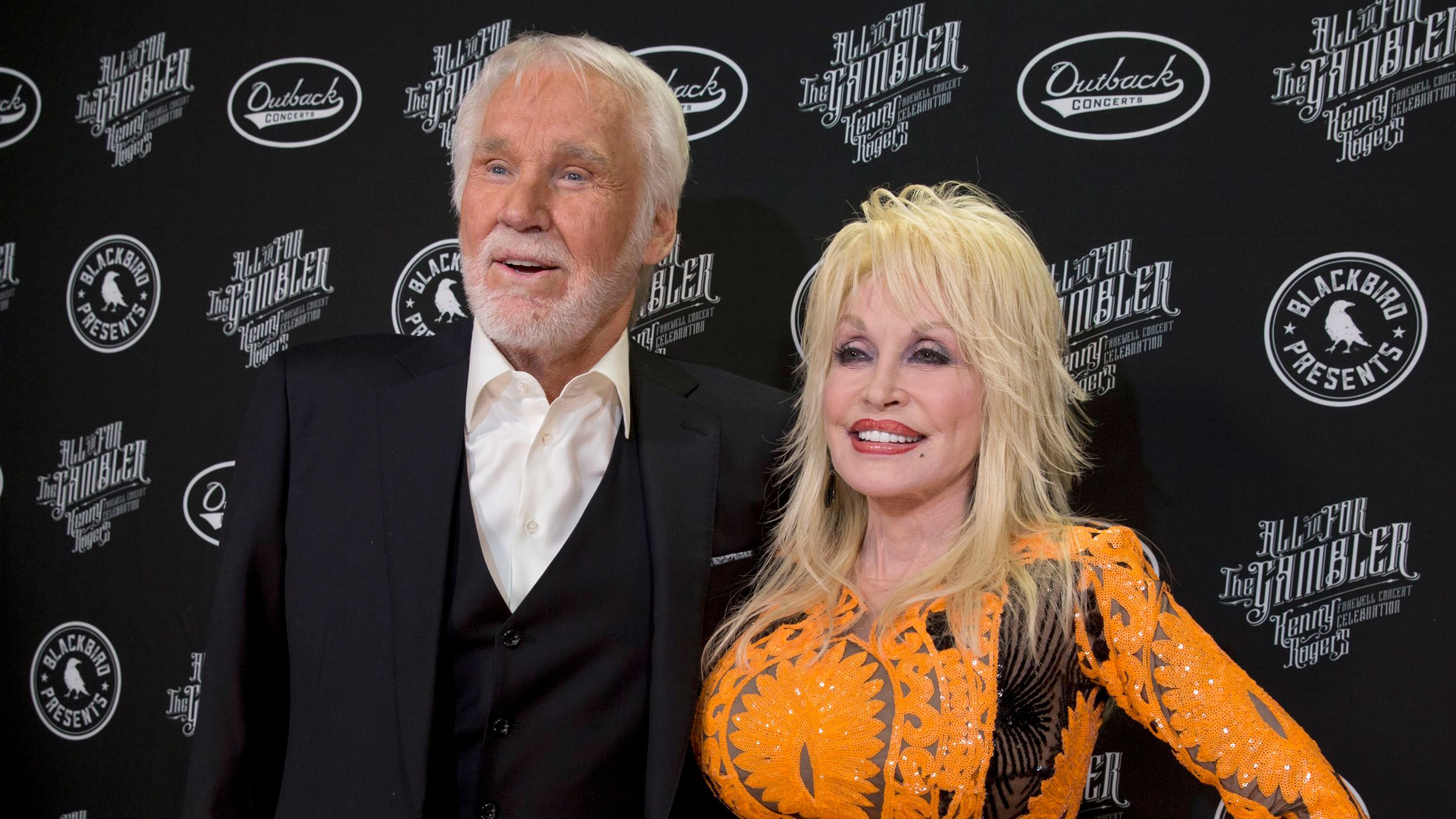 Kenny Rogers Remembered By Dolly Parton Blake Shelton And More Variety