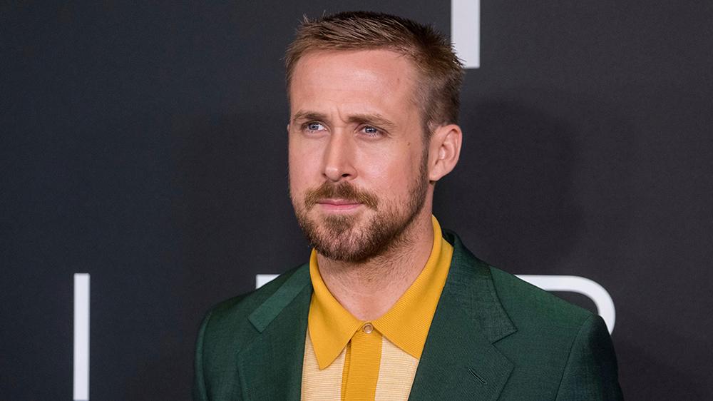 Ryan Gosling To Play Wolfman Movie Eyes Director Variety