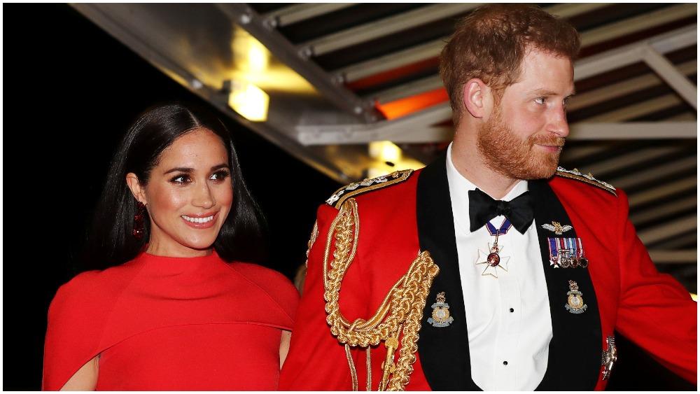 prince harry meghan markle call time on tabloid relationships variety prince harry meghan markle call time