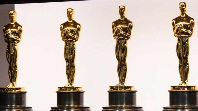 oscar statues gold