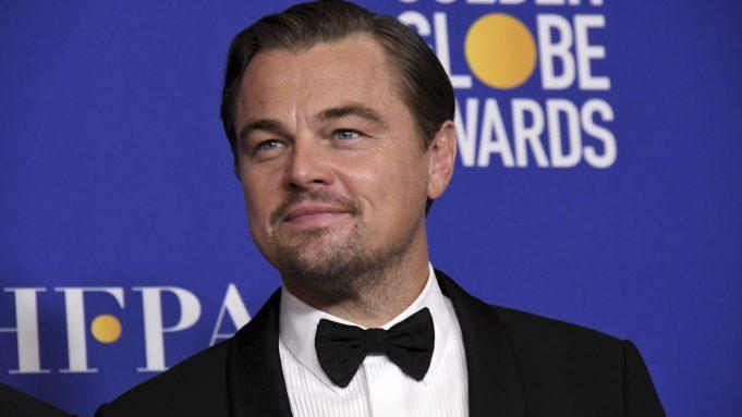 Leonardo DiCaprio pose in the press