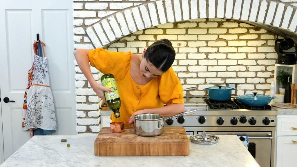 Selena Gomez Selena + Chef