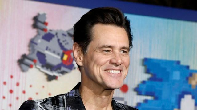 Jim Carrey Gives New Car to 'Sonic 2' Crew Member.jpg