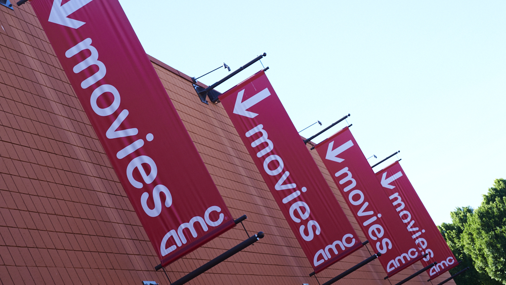 AMC Opposes Warner Bros.' Plan to Stream 2021 Theatrical Releases Immediately – Variety