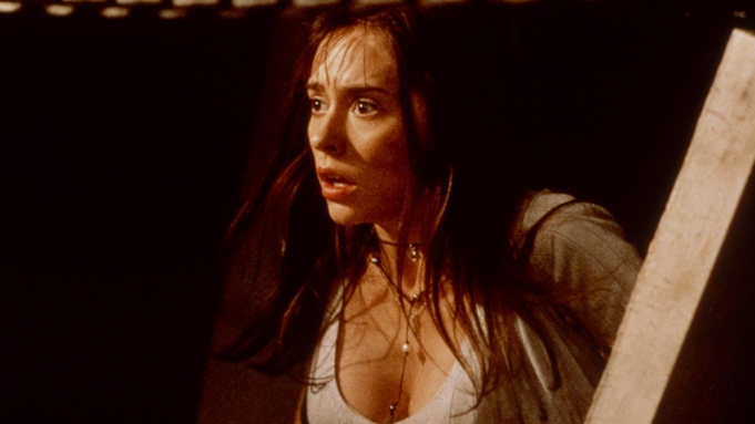 I KNOW WHAT YOU DID LAST SUMMER, Jennifer Love Hewitt, 1997. ph: © Columbia / courtesy Everett Collection