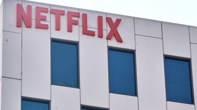 Netflix Will Require Actors and Other 'Zone A' Crew in the U.S. to Be Vaccinated.jpg