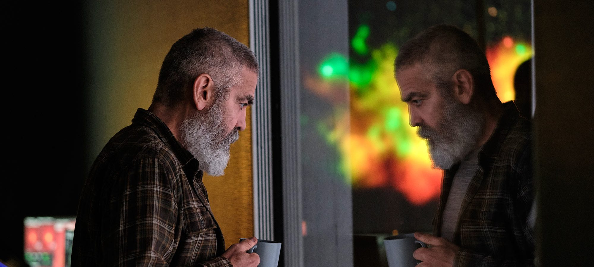 The Midnight Sky' Review: George Clooney's Sodden Dystopian Drama - Variety
