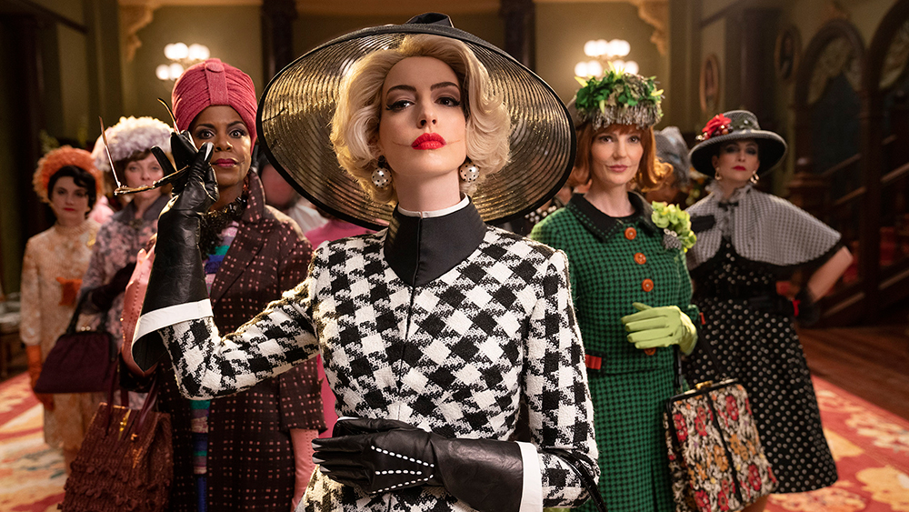 'The Witches' Review: Anne Hathaway Gives a Flamboyantly Fun High-Camp Evil Performance in Robert Zemeckis's Hellzapoppin' Remake