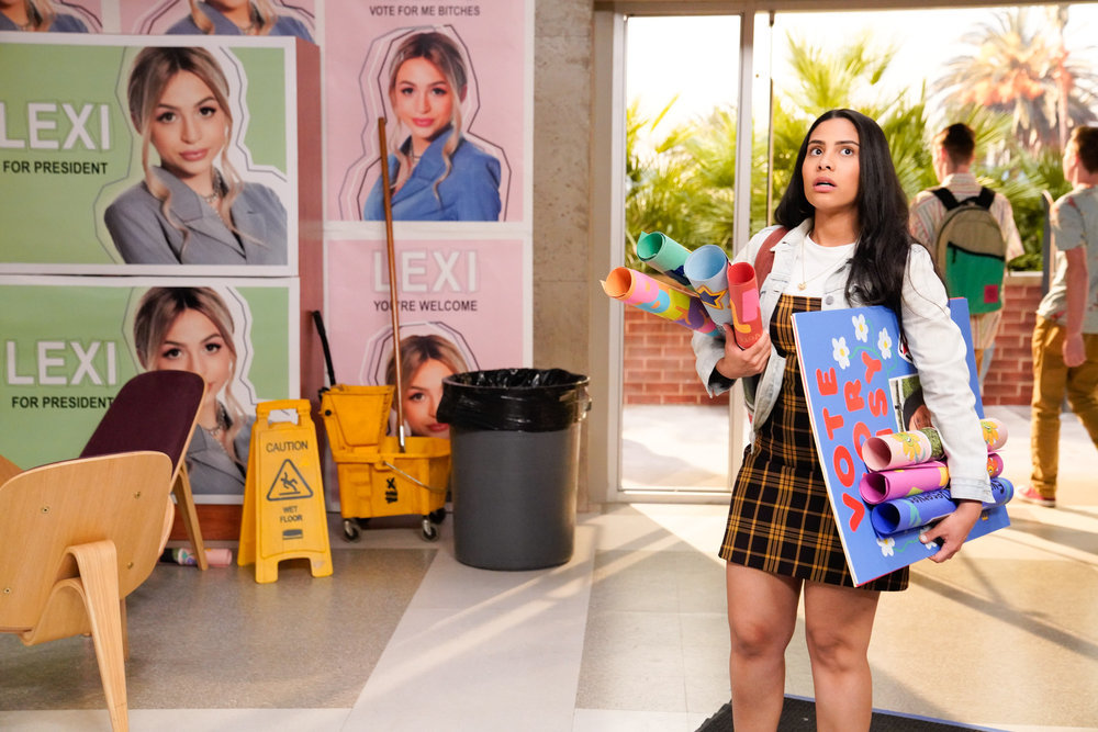 "SAVED BY THE BELL -- ""Pilot"" Episode 101 -- Pictured: Haskiri Velazquez as Daisy -- (Photo by: Casey Durkin/Peacock)"